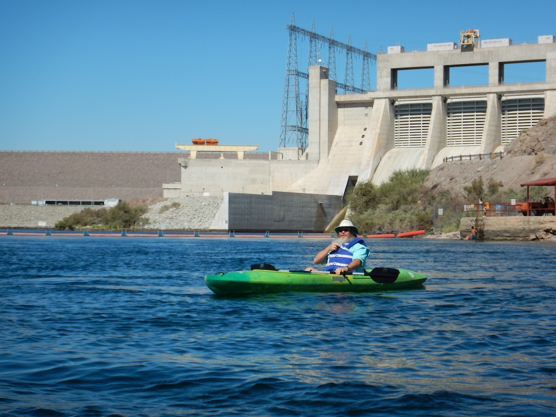 Davis Dam is the initial backdrop for a float through Laughlin. (Photo by Tom Adkinson)
