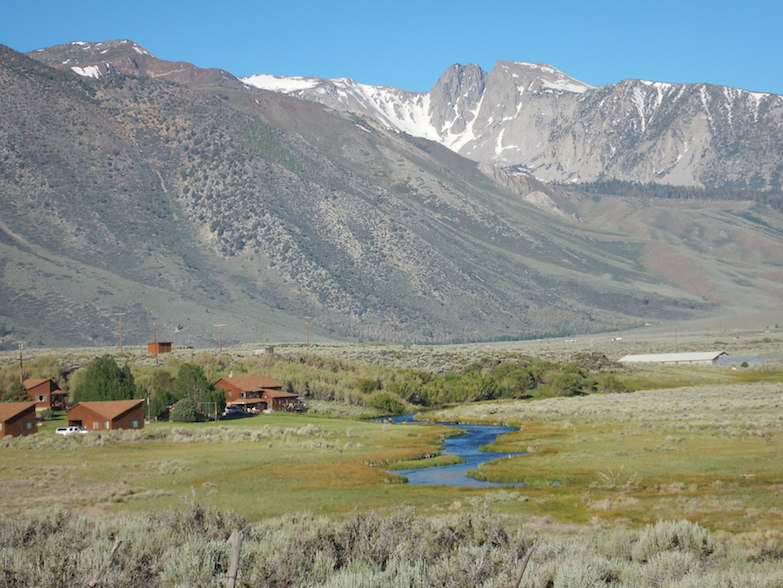 Hot Creek's setting is a picture-perfect mix of meadow and mountain. (Photo: Tom Adkinson)